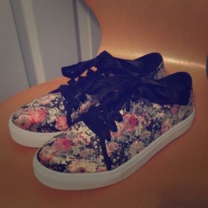 Macy's Dirty Laundry Floral Fashion Sneakers